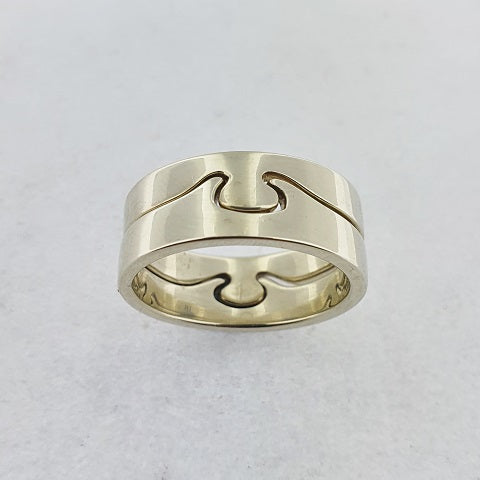 9ct White Gold Puzzle Ring