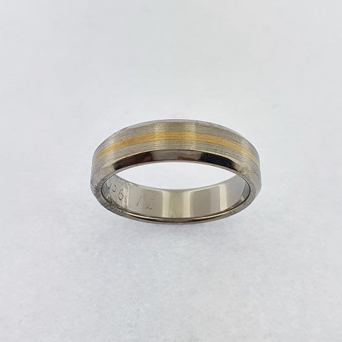 Titanium & 9ct Gold Ring