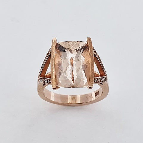 Morganite & Diamond 9ct Gold Ring