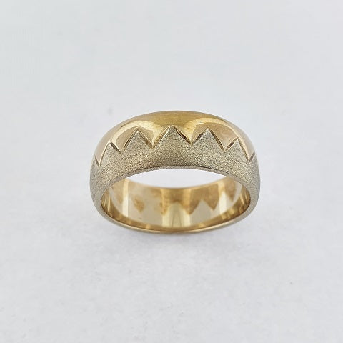 9ct Yellow & White Gold Ring