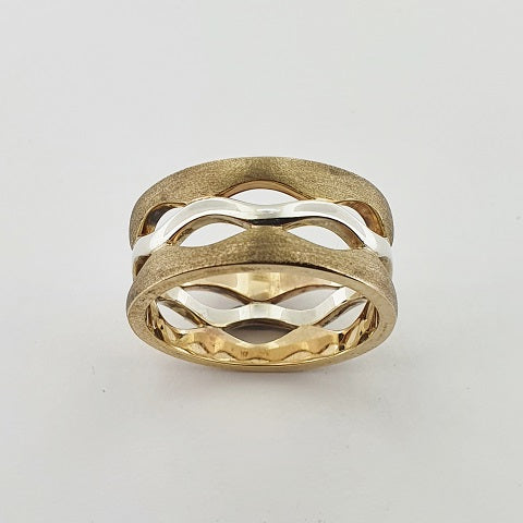 9ct Yellow & White Gold Wave Ring
