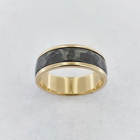 Zirconium & 9ct Yellow Gold Ring