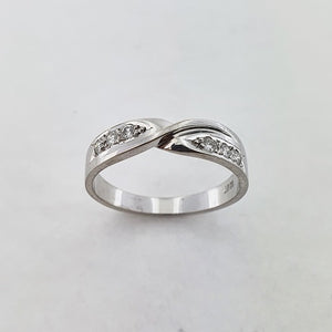 Diamond 18ct White Gold Twist Ring