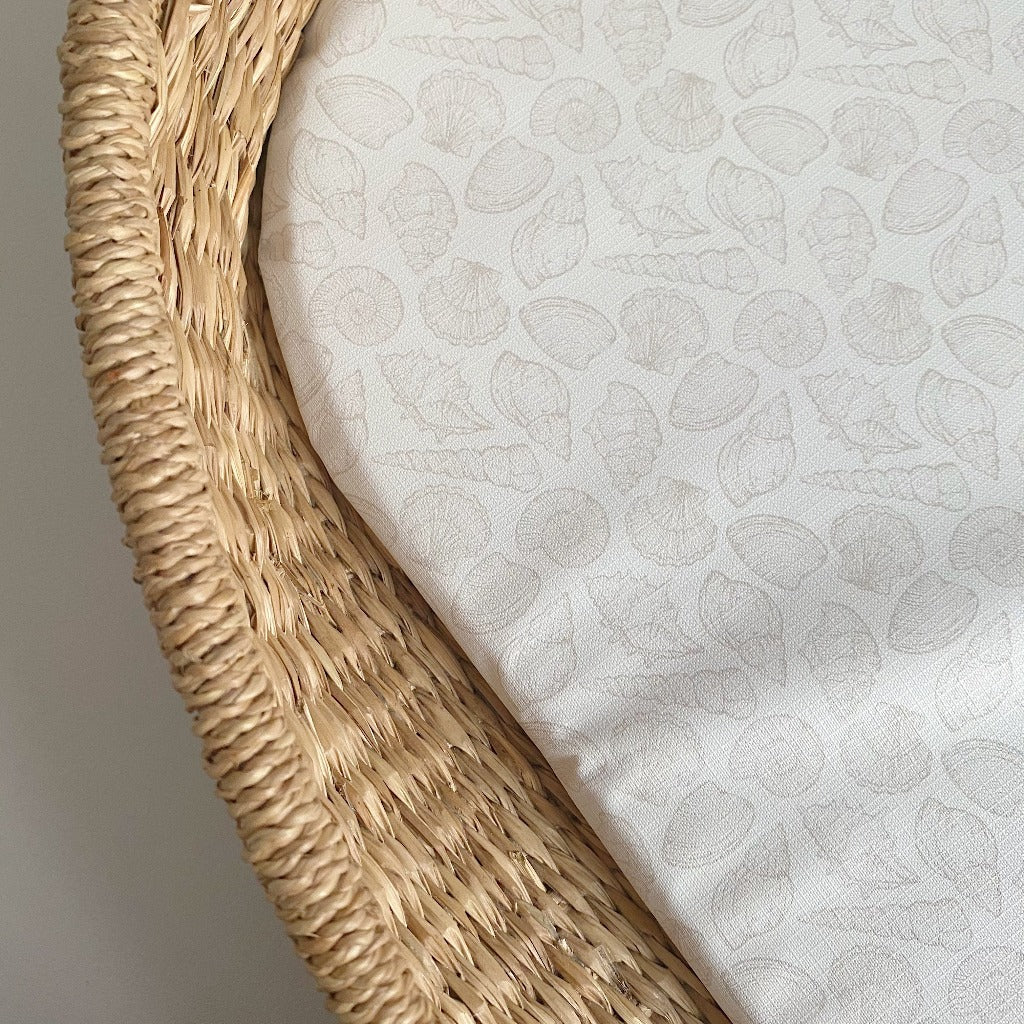 bobbin-and-bumble's Basket Changing Mat - Natural Seashell Print.
