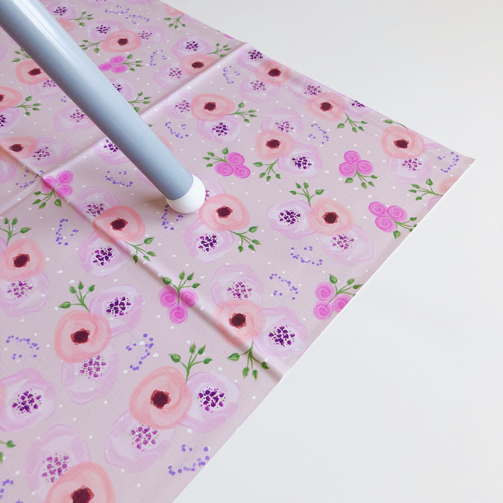 bobbin-and-bumble's Large Baby Splash / Messy Mat - Pink Sweet Pea Floral.