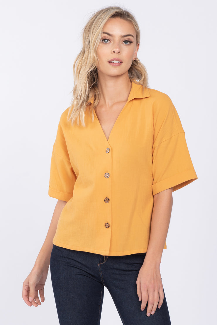 LOVE STORY MUSTARD LINEN COLLARED TOP