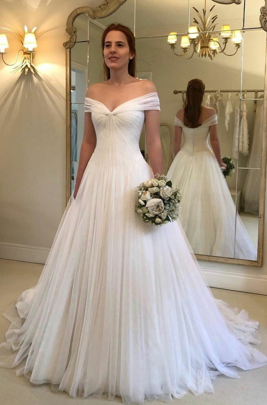 2020 Classic A Line Off Shoulder Sweetheart Tulle Long Wedding Dresses