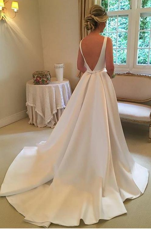 2020 Classic A Line Satin Backless Bowknot Long Wedding Dresses