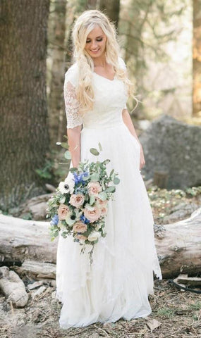 2020 Cheap A Line V Neck Short Sleeves Lace Outdoor Wedding Dresses