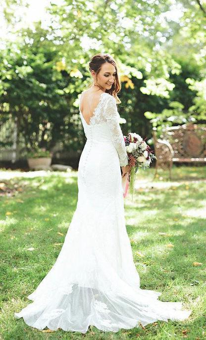 2020 Charming Mermaid V Neck Lace Long Sleeves Backless Wedding Dresses