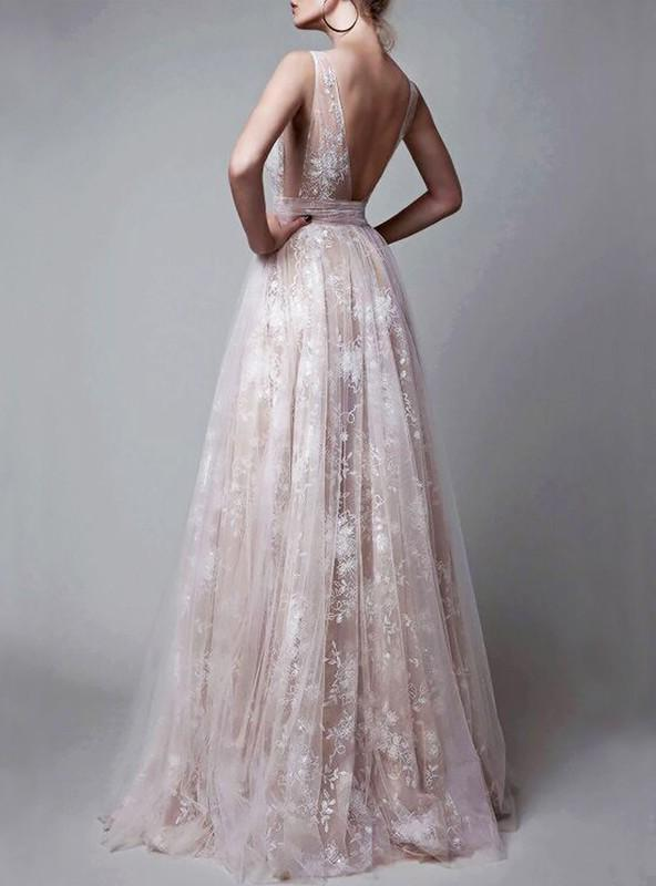 2020 Low Cut Tulle Brown Lace Sequined Sleeveless Prom Dresses