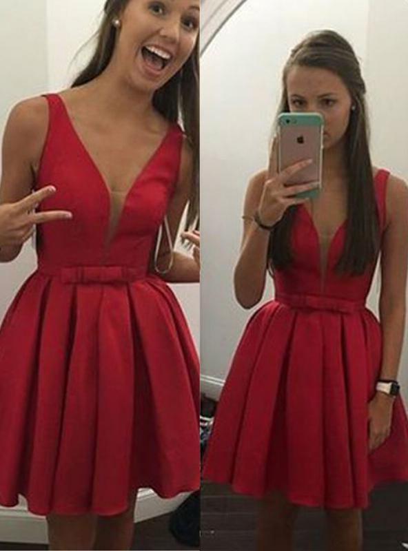 2020 Ball Gown V Neck Sleeveless Bowknot Pleated Cut Short/Mini Homecoming Dresses