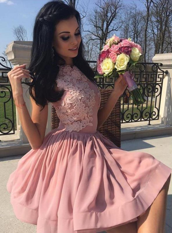 2020 A-Line/Princess Scoop Neck Sleeveless Applique Pleated Cut Short/Mini Homecoming Dresses
