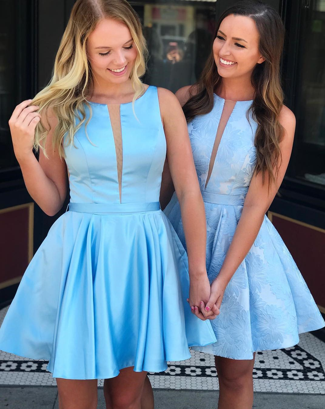 Scoop Sleeveless Short Pleated Satin Blue Backless Straps A Line Homecoming Dresses