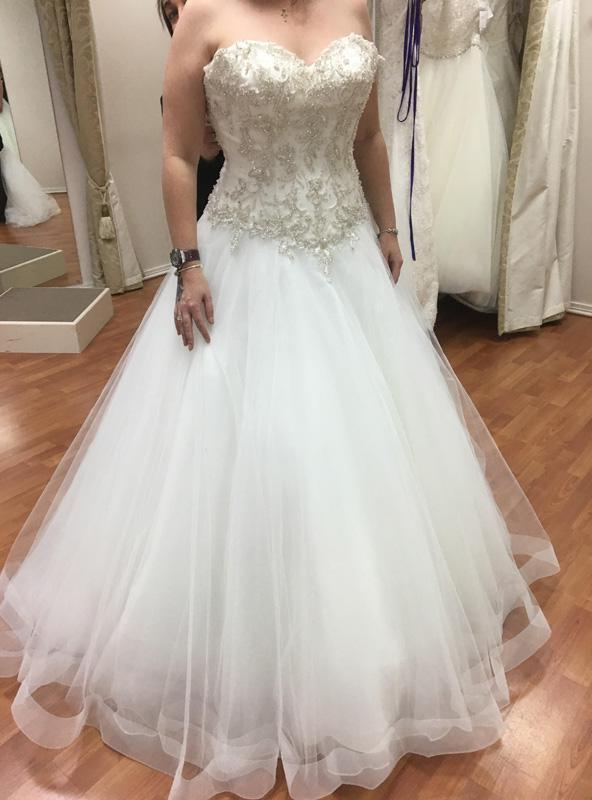 2020 Sweetheart Beaded A-line Wedding Dresses