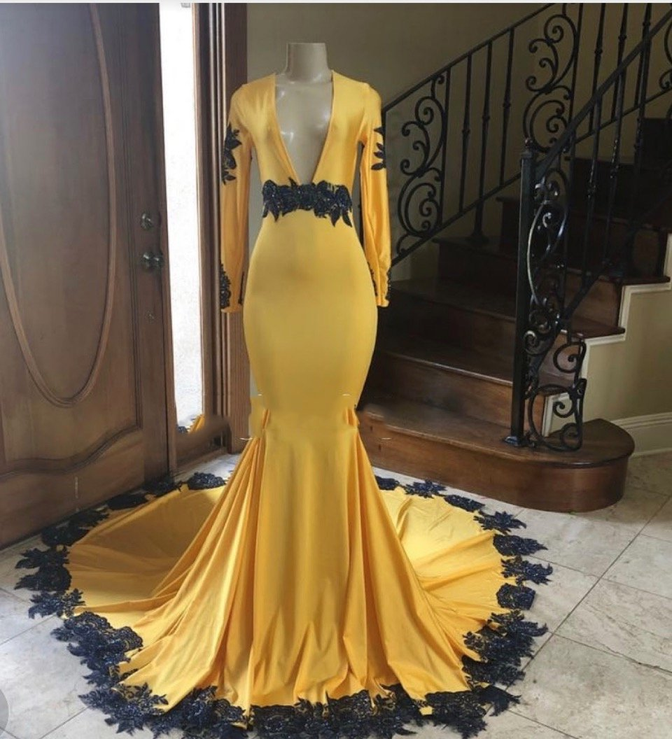 2020 Deep V-neck Long Sleeve Mermaid Prom Dresses