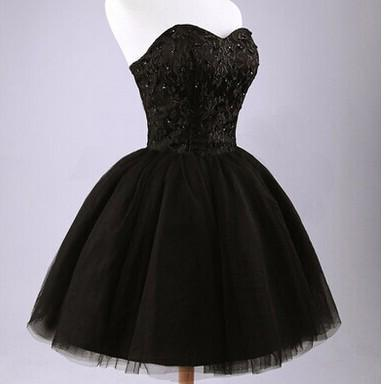 Ball Gown Sweetheart Lace-up Black Short Homecoming Dress with Lace