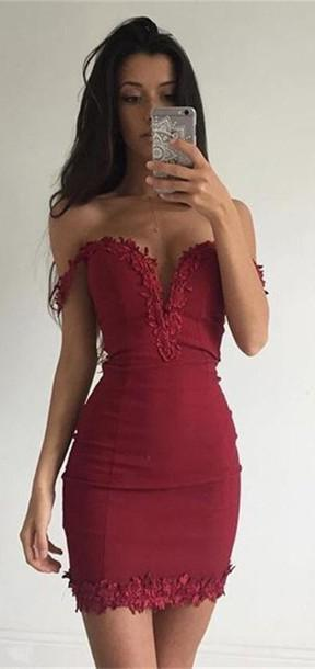 Sheath Off-the-Shoulder Short Red Stretch Satin Homecoming Dress 2021 with Appliques