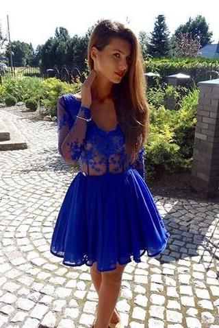 A-Line V-Neck Long Sleeves Appliques Royal Blue Short Homecoming Dress 2020