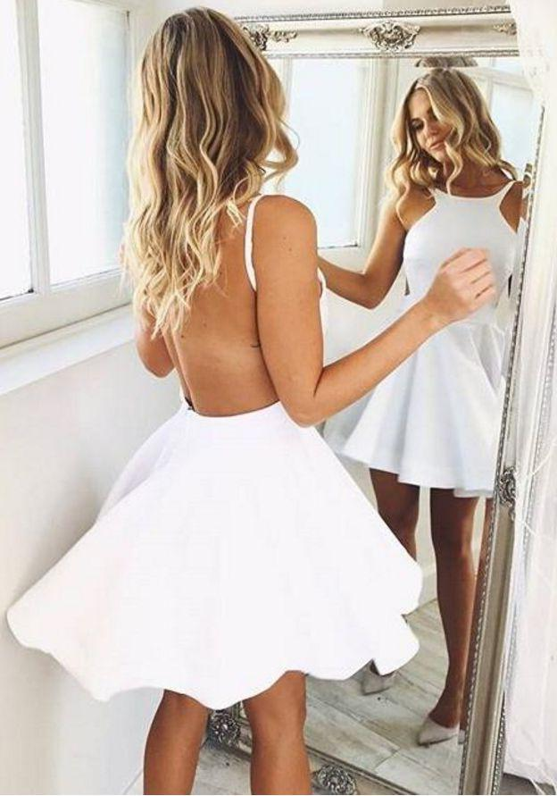 Princess/A-Line Bateau Backless Short White Homecoming/Prom Dresses with Ruched