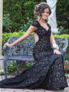 2020 Junoesque Black Capped Sleeves Backless Lace Prom Dresses