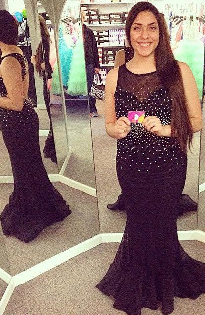 2020 Junoesque Black Round Neck Backless Mermaid/Trumpet Chiffon Prom Dresses