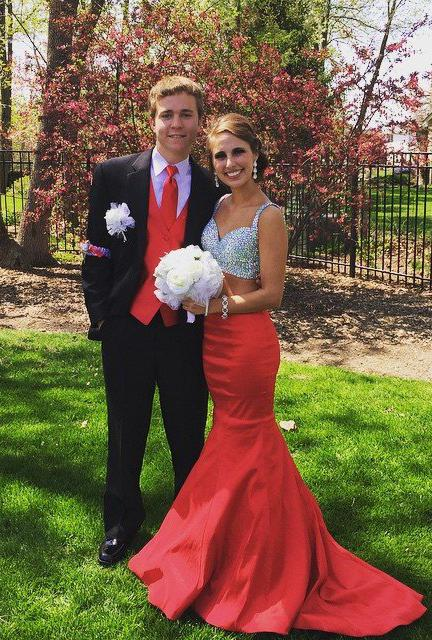 2020 Gorgeous Red Sequins Mermaid/Trumpet Satin Two Pieces Prom Dresses