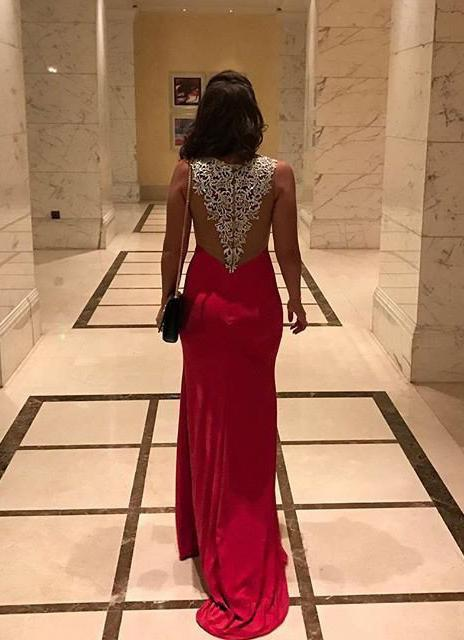 2020 Gorgeous Red Appliques Front-Slit Satin Prom Dresses