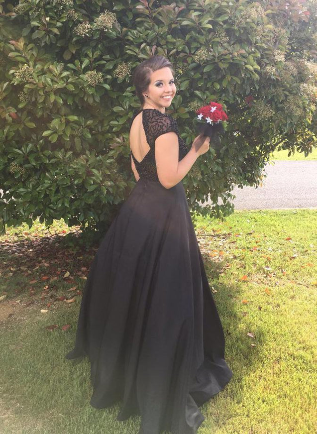 2020 Junoesque Black Beading Crew Neck Backless A-Line/Princess Prom Dresses