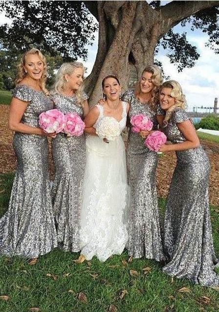 Sequined Sweep Train Sheath/Column Short Sleeve Scoop Neck Zipper Bridesmaid Dresses / Gowns With