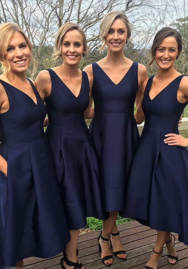 Satin Bridesmaid Dresses / Gowns A-Line/Princess V-Neck Tea-Length