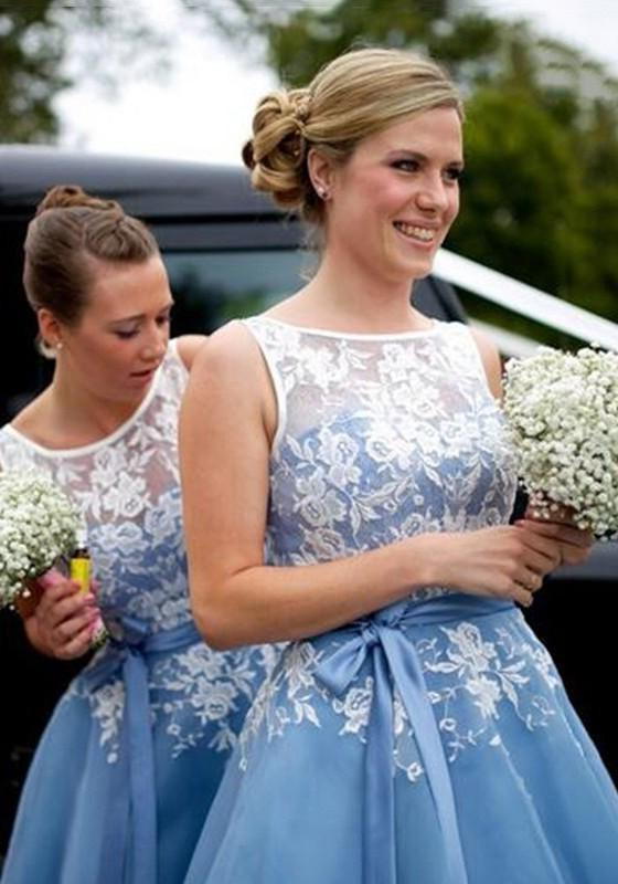 Chiffon Bridesmaid Dresses / Gowns A-Line/Princess Bateau Tea-Length With Appliqued