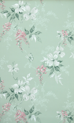 How to Hang Vintage Wallpaper