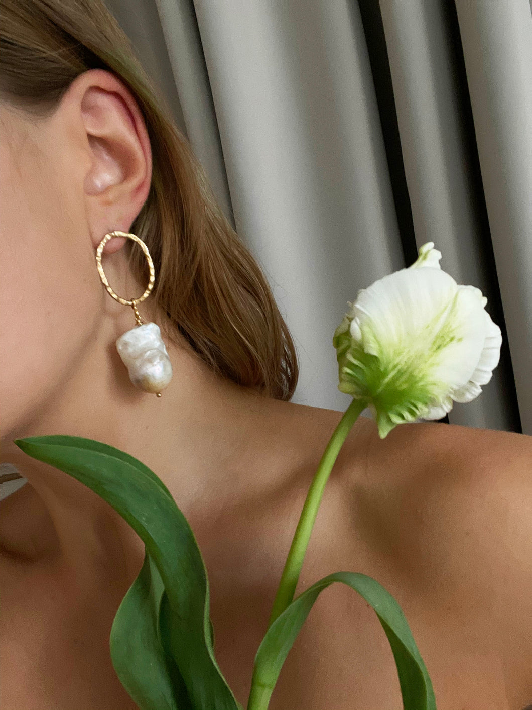 Earrings with pearls BLIND DATE