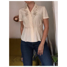 Load image into Gallery viewer, Pearl blouse