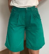 Load image into Gallery viewer, Jade green linen high waisted shorts- Waist 30 inches
