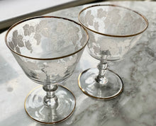 Load image into Gallery viewer, Pair of 1950s etched coupe glasses