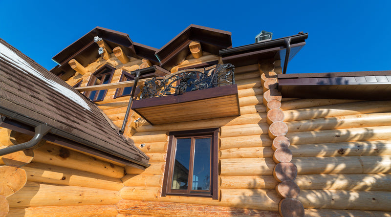 Handcrafted log home, Russian traditional tech, manually debarked round logs, excellent Siberian cedar used