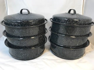 6 stackable pots - Use on the Quattro to cook a variety of food