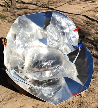 Quattro - A Solar Cooker for four plus people