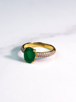 Green Lady - 18K Gold Ring with Green Onyx Stone and Pave Band