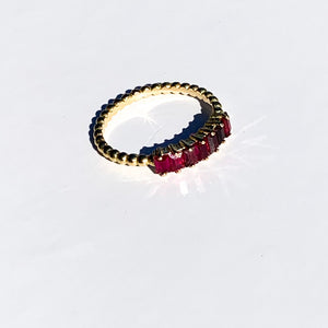 Ruby Shoes - 18k Gold ring with Ruby Stones