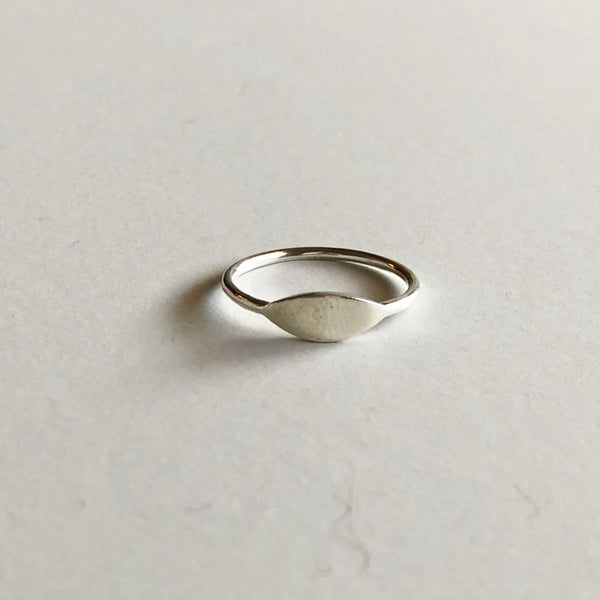 Small Oval Signet Ring in Silver