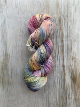 Load image into Gallery viewer, BEAUT merino singles - Prosper Yarn