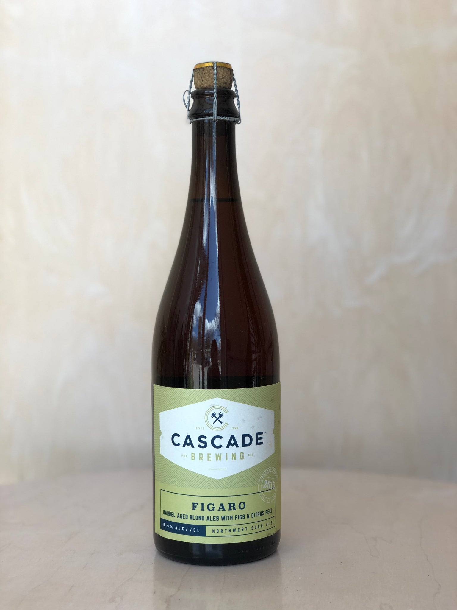 Cascade - Figaro 2015 (Fruited Barrel Aged Blended Sour) / 750mL