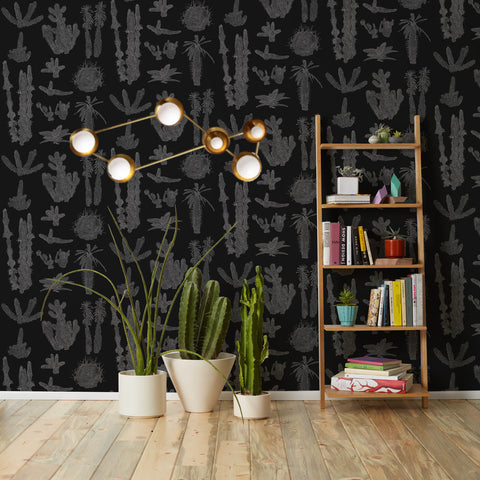 Black and white wallpaper with Lyra sconce