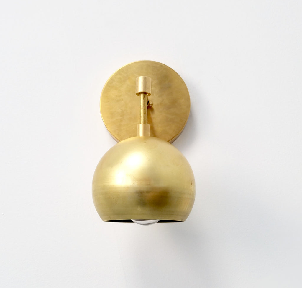 Loa Sconce in Brass