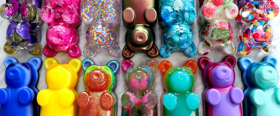 Pop art resin bear collection