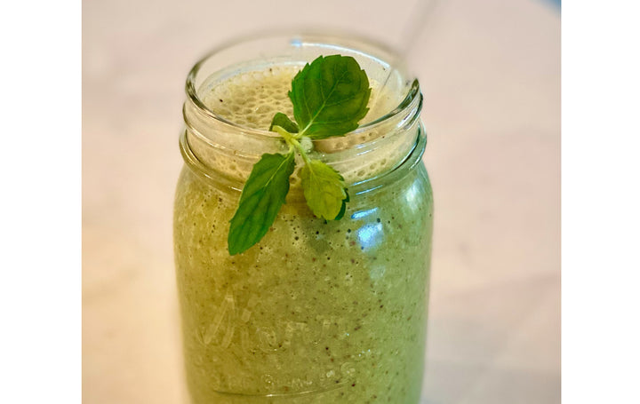 Healthy Mint Chip Smoothie