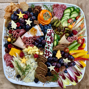 Holiday On The Go Snack Platter
